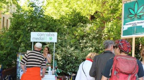 Infostand vom SCM, Selbsthilfenetzwerk Cannabis als Medizin